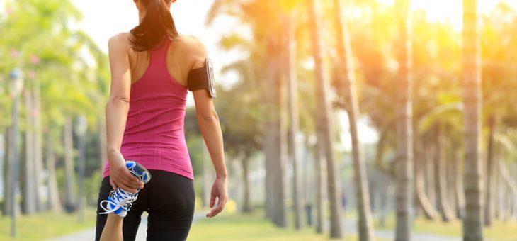 Alongamento de pernas: confira a importância e saiba como fazer
