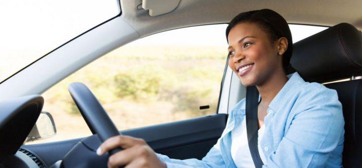 Você sabe qual é a postura certa para dirigir? Entenda!