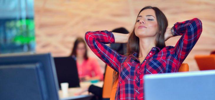 3 dicas práticas para quem trabalha muito tempo sentado